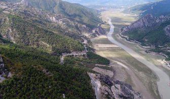 Türkiye'nin en büyük 5. barajında hayrete düşüren manzara