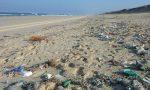 Her yıl okyanusları kirleten çöpler kaç tondur?