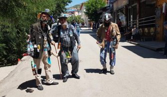 "Çevre kirliliğini ""sessizce"" protesto ettiler"